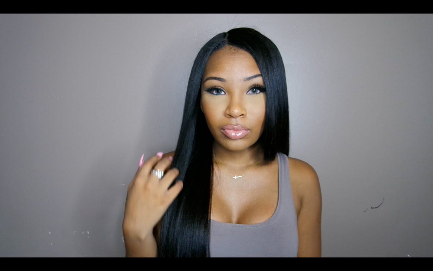 Kinky straight wig review by MsAaliyahJay